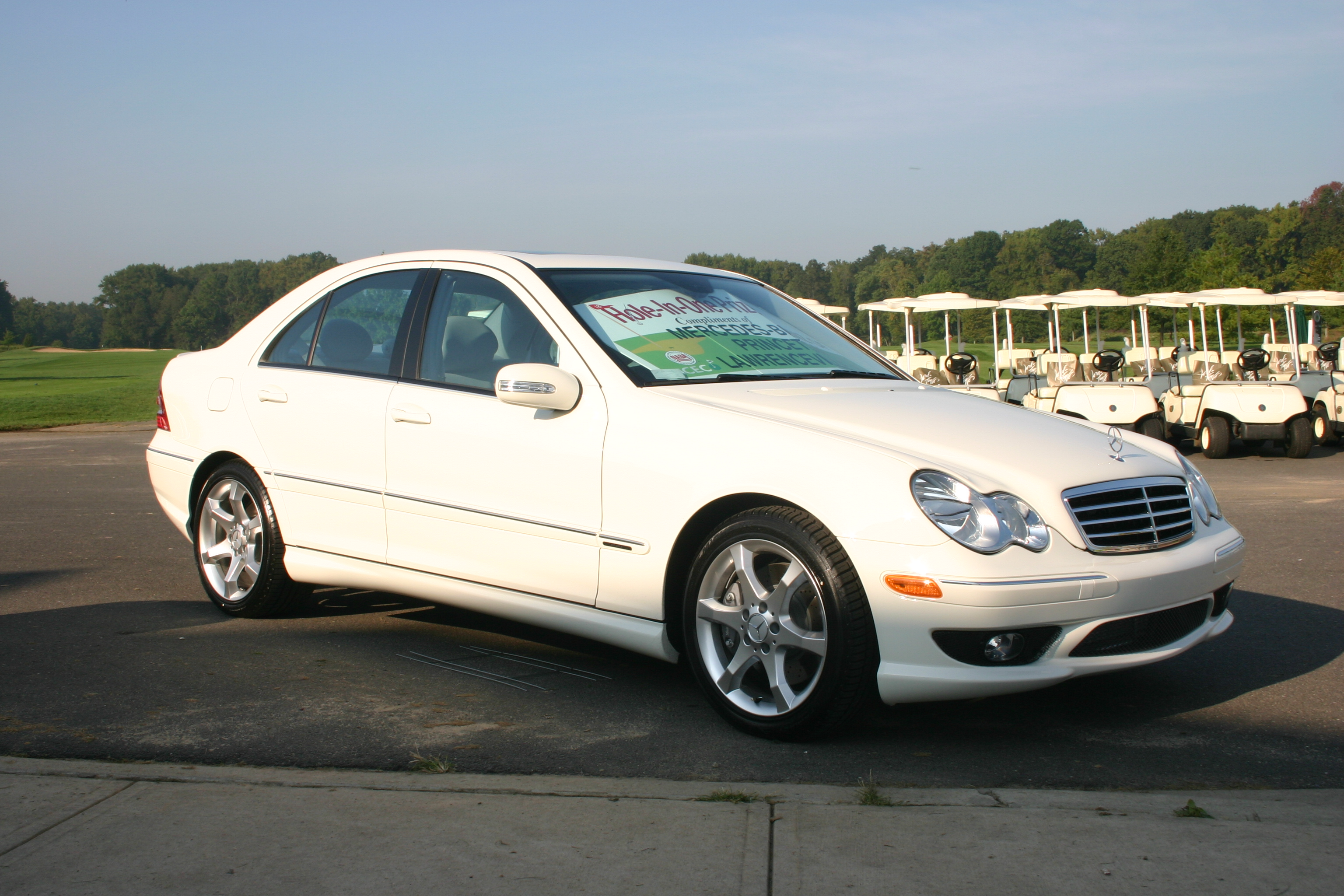 Image gallery mercedes c230 for Mercedes benz 2002 c230